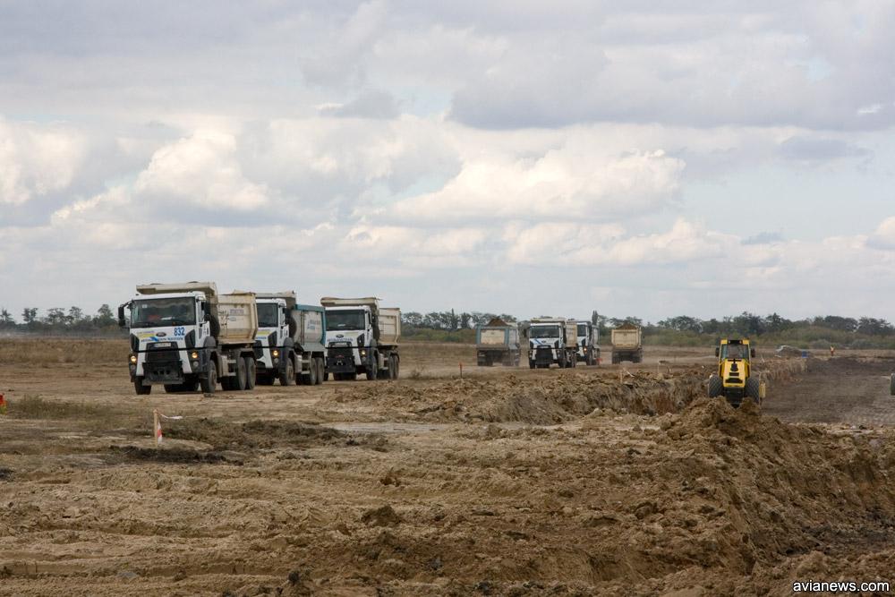 Роботи на смузі в Херсоні веде «Автомагістраль-Південь».